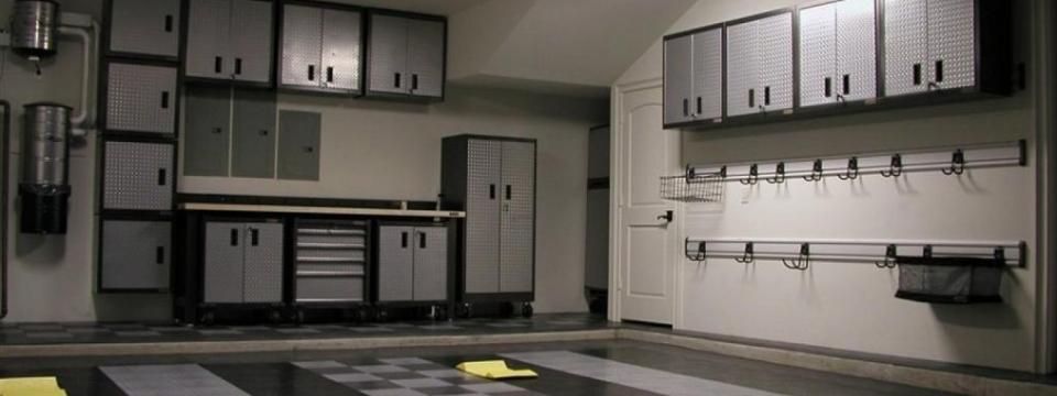 R novation et design outfitters de garage montr al for Mur de garage interieur